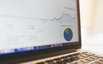 ¿Cómo implementar y medir el éxito de una campaña de email marketing?